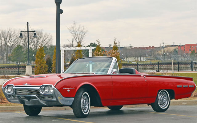 1962-Ford-Thunderbird-Roadster