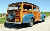 1947-ford-woody-wagon-01