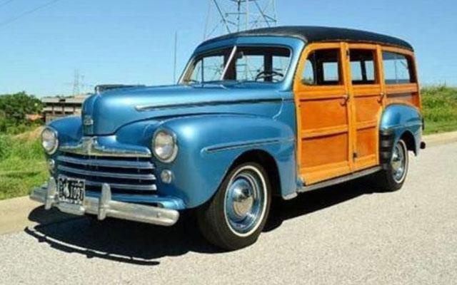1947-ford-woody-wagon