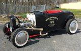 Mooneyes 1932 Ford Roadster