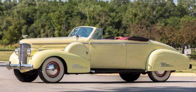 1938 Cadillac V-16 Series 90 Convertible Coupe