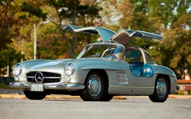 Mercedes-Benz 300SL Gullwing,