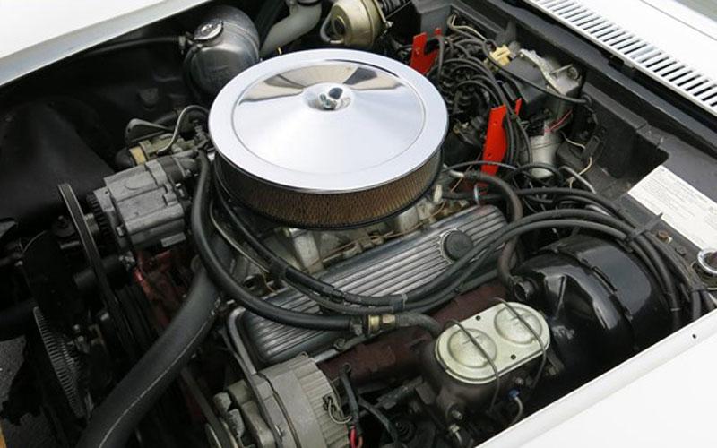 1972 Corvette ZR1 LT1 small block engine