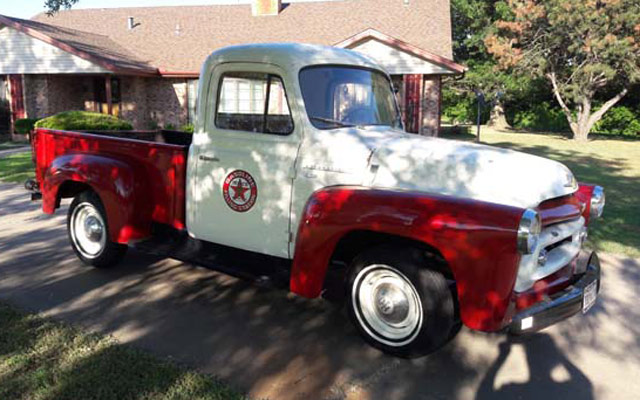 1956 International Harvestor S100