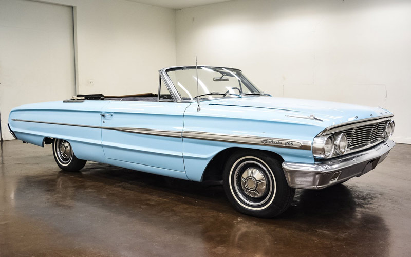 Skylight blue 1964 Ford Galaxie 500 Convertible