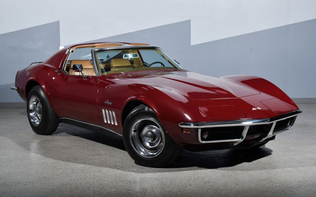 photogenic 1969 Corvette Coupe